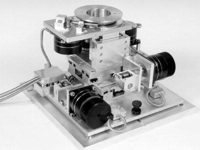 Uchwyt próbki do mikrosondy laserowej