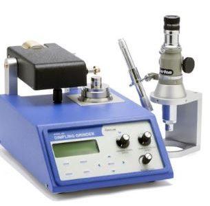 Urządzenie do dimplowania próbek TEM