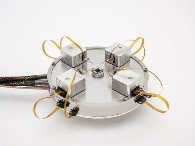 Nanoomanipulatory – rozwiązania z mikroskopem optycznym